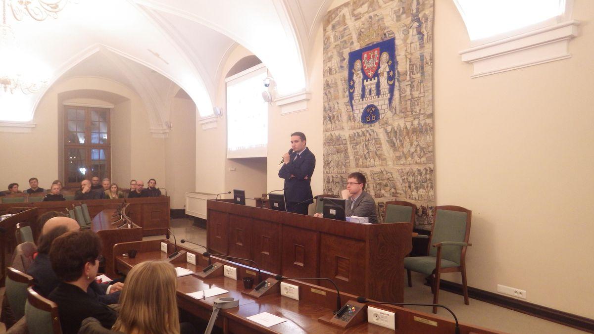 Sesja z udziałem prezydenta Wiśniewskiego