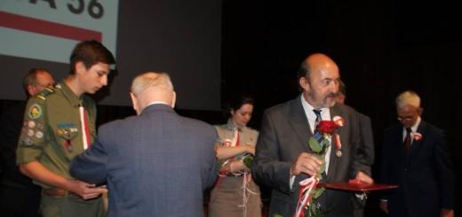 Medala dla radnego Zbigniewa Burkietowicza (3)